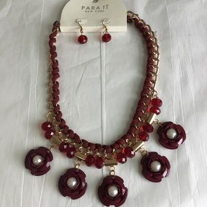 Para Ti New York Necklace & Earrings Set Brand New